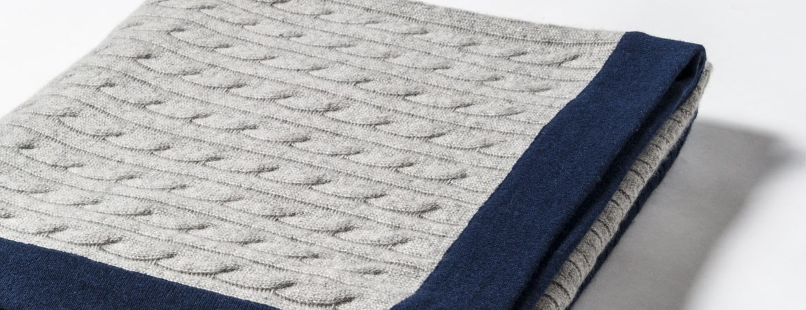 cable throw blanket details