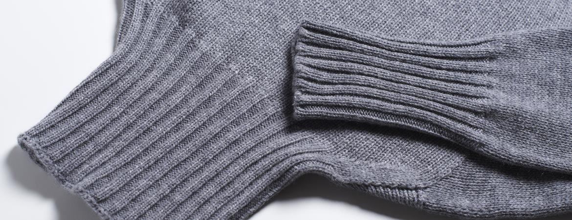 "cashmere heavy turtleneck sweater""  />